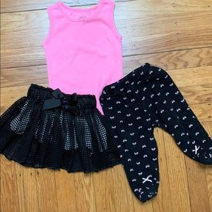 Other - 6-9month girl outfit